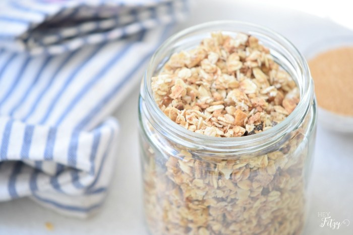 Learn how to make this delicious Crunchy Granola from Hey Fitzy!