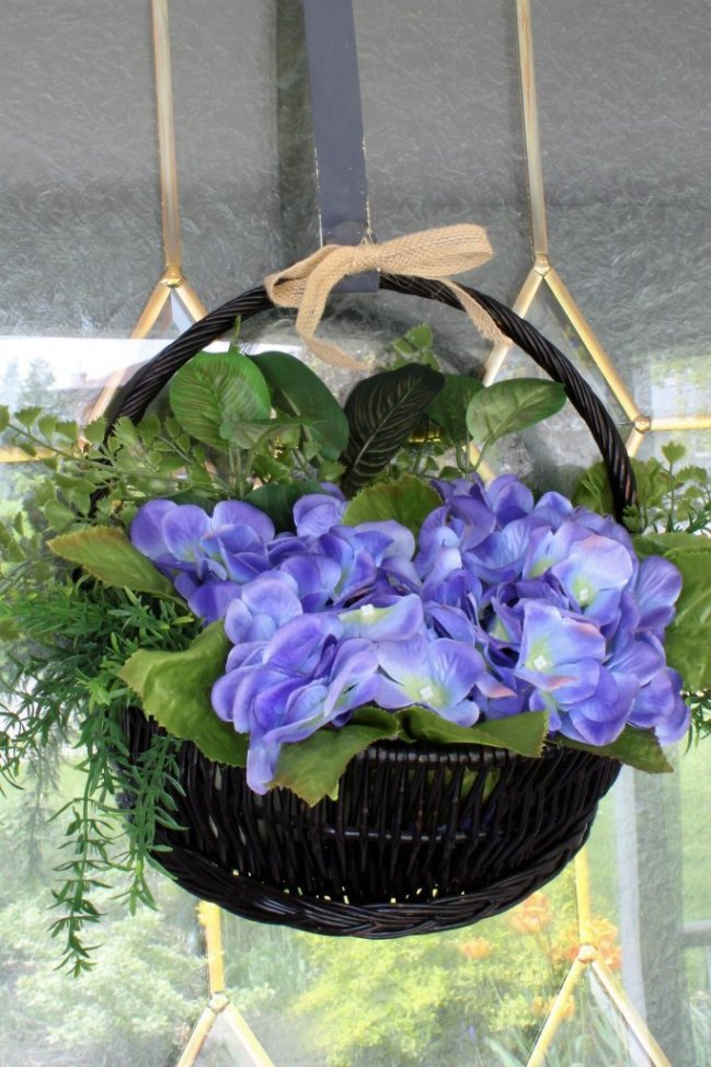 Wow With A Hydrangea Hanging Basket Door Wreath!