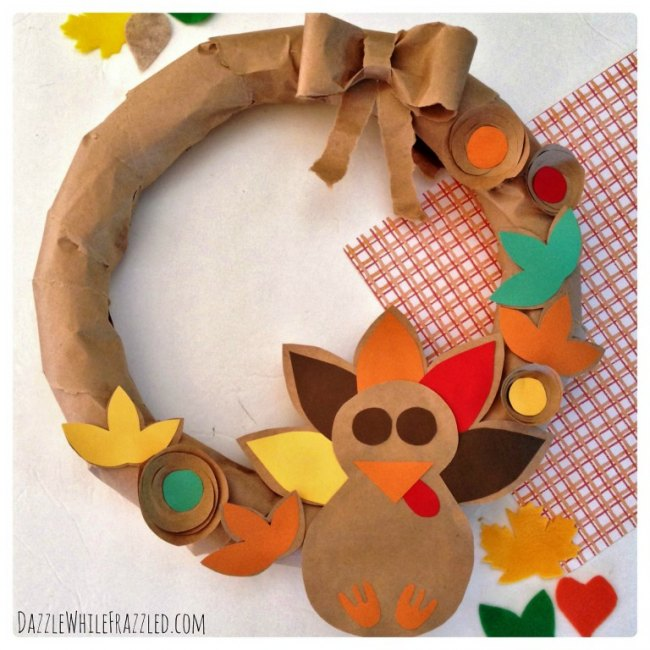 Make an Easy Thanksgiving Wreath From A Paper Bag From Dazzle While Frazzled.