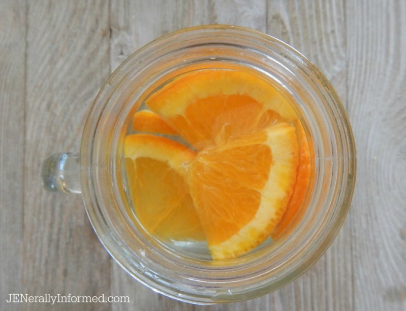 Here's how to infuse your own water! A simple way to increase your H20 intake.