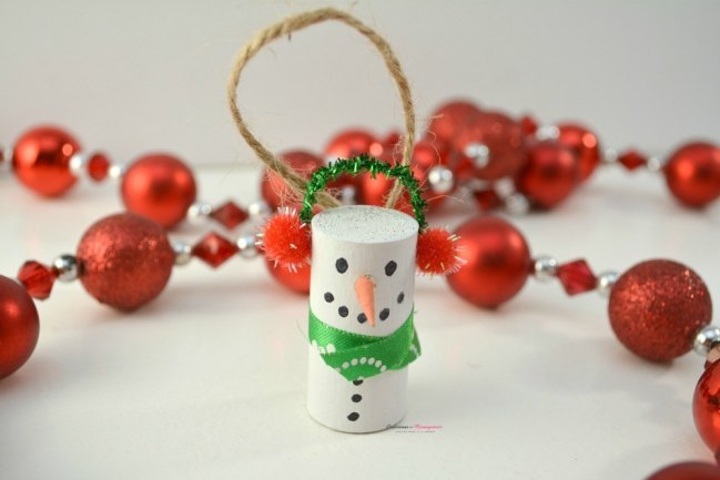 DIY Wine Cork Snowman Ornament From Confessions of A Mommyaholic.