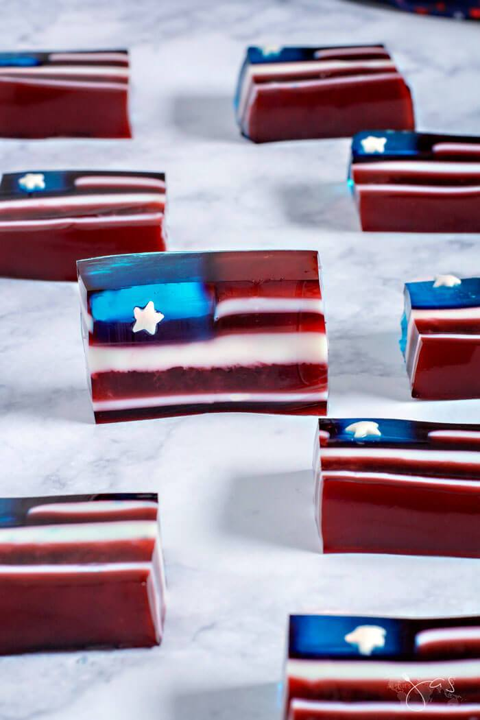 Red White and Blue Jello Flag from All that's Jas.