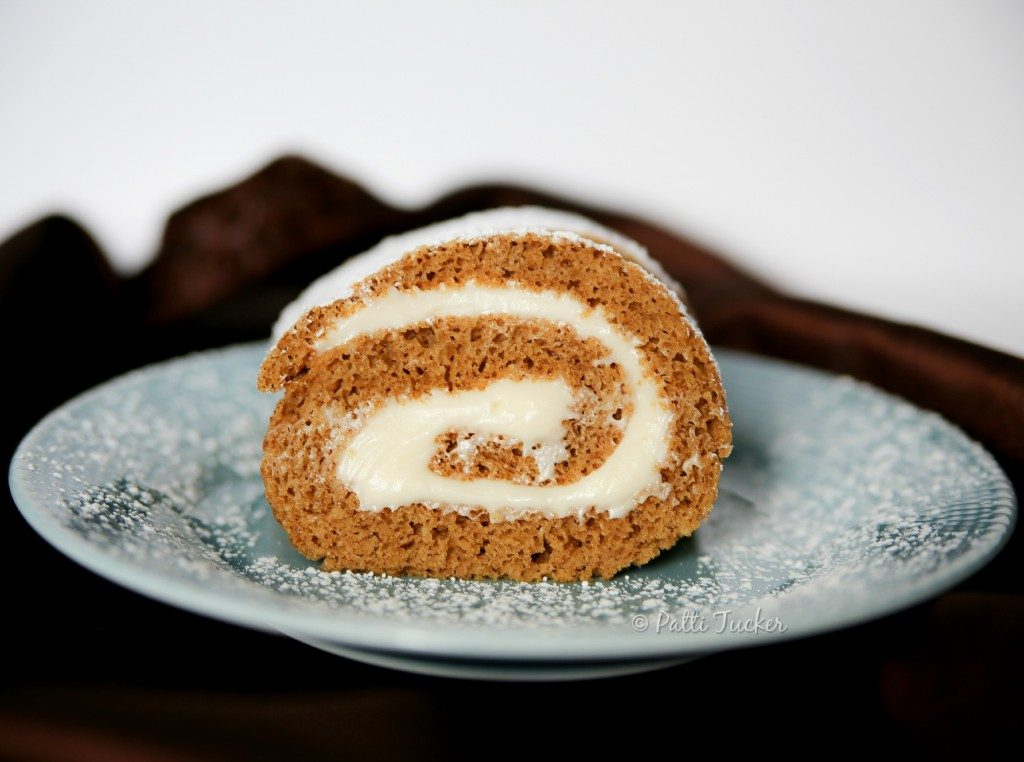 How to Make the Pumpkin Roll of Your Holiday Dreams from Oh Mrs. Tucker.