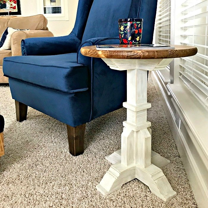 Round Top DIY Pedestal Accent Table Plans from Abbotts At Home.
