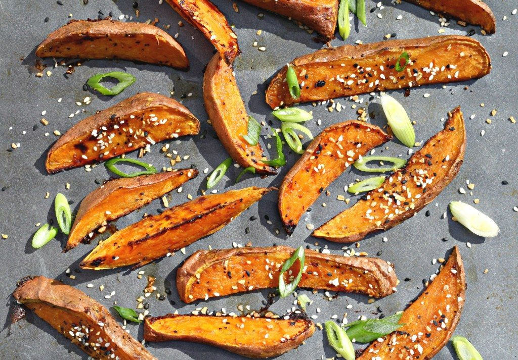 Maple Sesame Sweet Potato Fries | Roasted, High Fiber from Looney For Food.