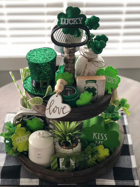 St. Patrick's Day Tiered Tray from Living On Cloud Nine.