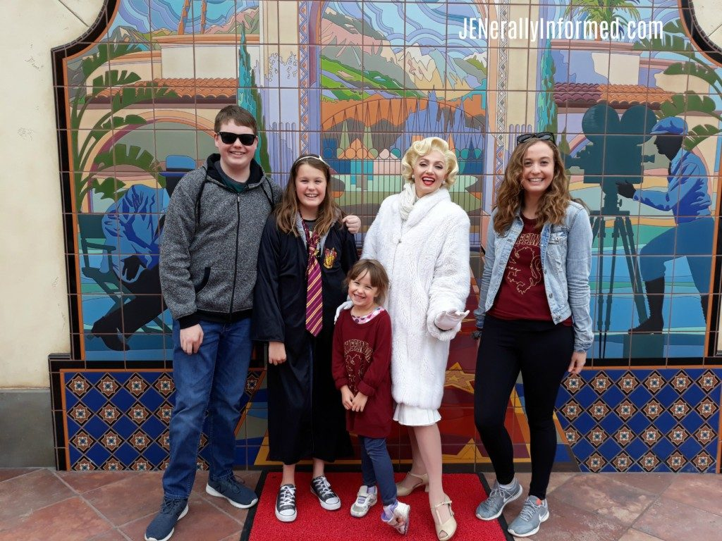 Planning a trip to Universal Studios Hollywood? Here are our favorite family atrractions to check out while you're there! #ad @UniStudios