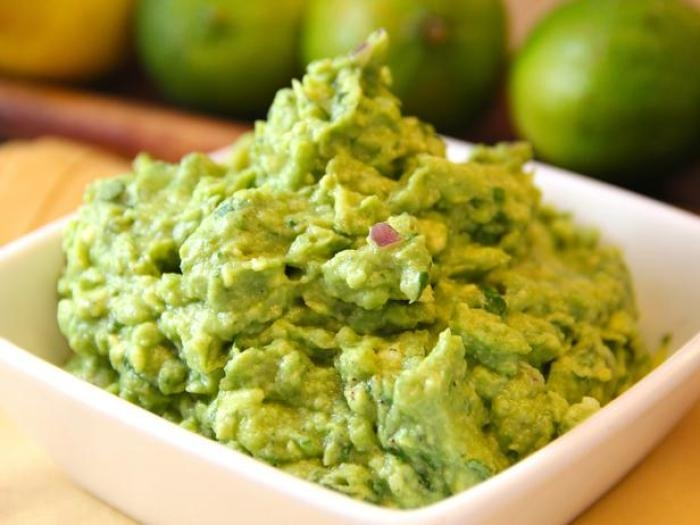 Simple Guacamole Recipe from Healthy Family Matters.