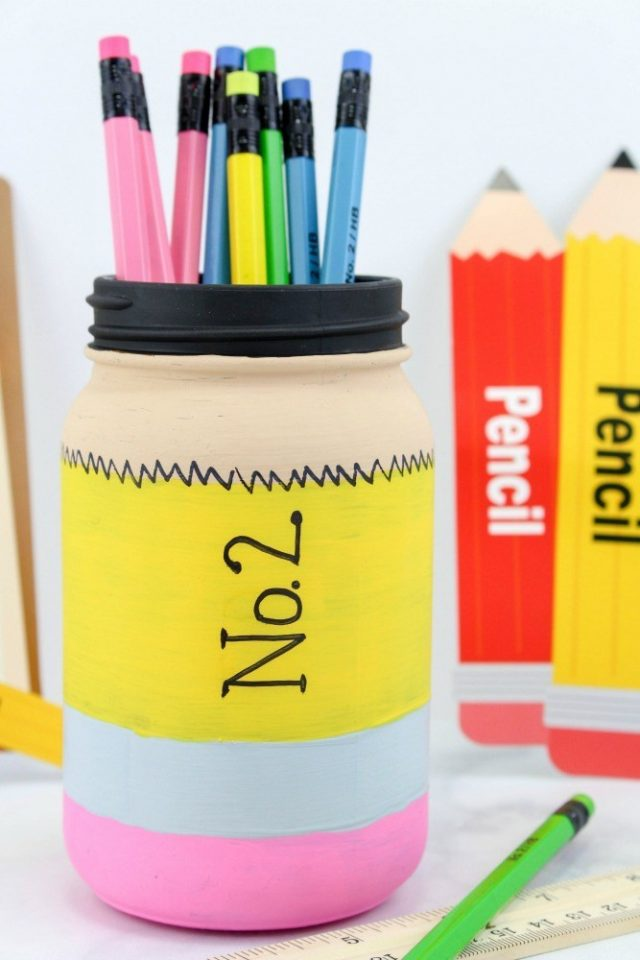 Back to School Pencil Mason Jar Craft by Confessions of a Disneyaholic Mom.