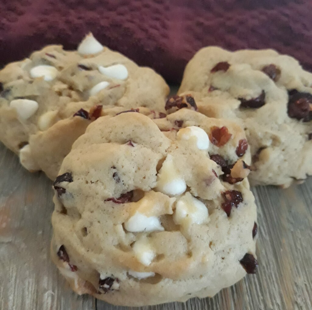 White Chocolate & Cranberry Chip Cookies