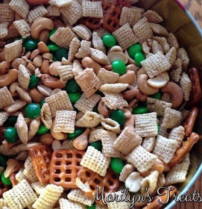 Lil Leprechaun Snack Mix from Marilyn's Treats.