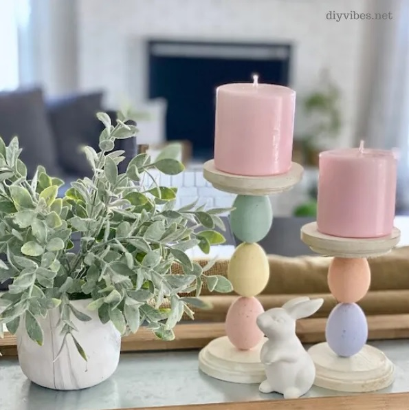 DIY Easter Egg Candle Holders from DIY Vibes.