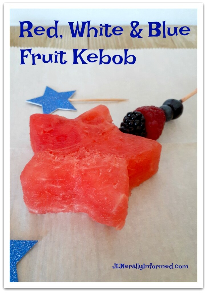Celebrating the 4th of July in your very own backyard? How about whipping up these easy to make red, white and blue fruit kebobs?!