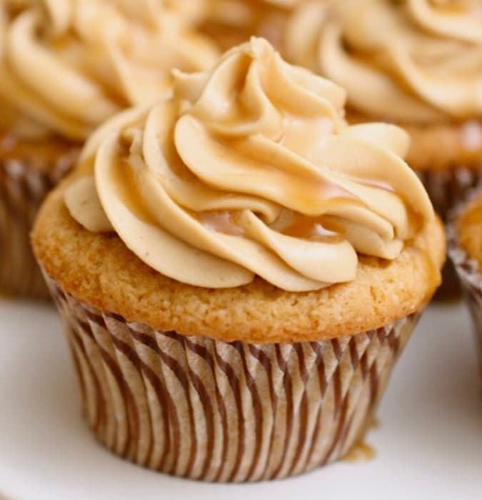 Butterbeer Cupcakes from Marilyn's Treats.