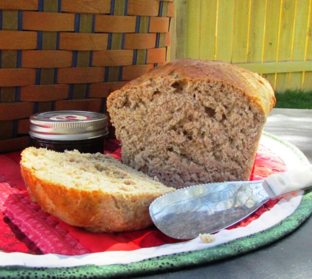 No-Knead Bread from Two Chicks and a Mom.