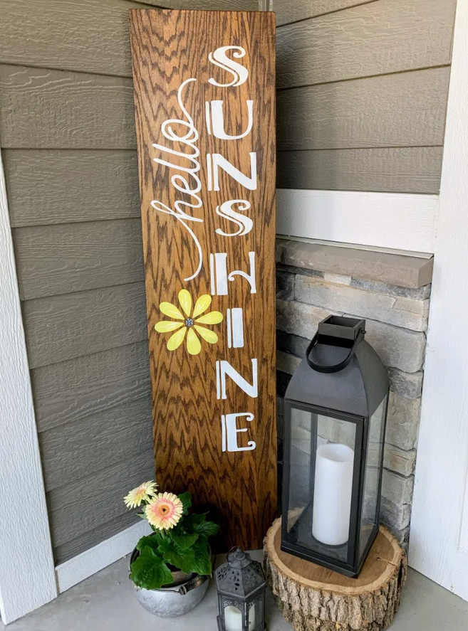 DIY Reversible Porch Sign from The House on Silverado.