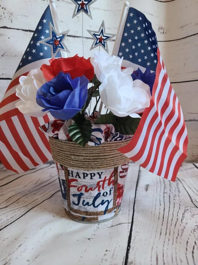 Patriotic Centerpiece Tutorial from Life as a LEO Wife.