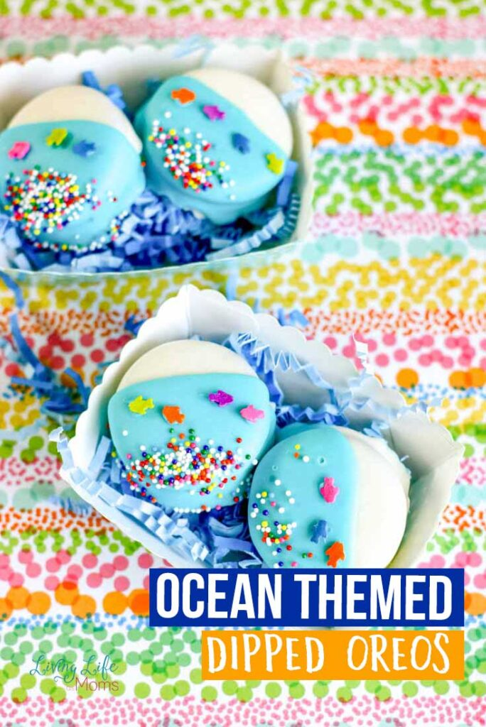 Adorable Ocean-Themed Dipped Oreos for Any Ocean Lover from Living Life as Moms.