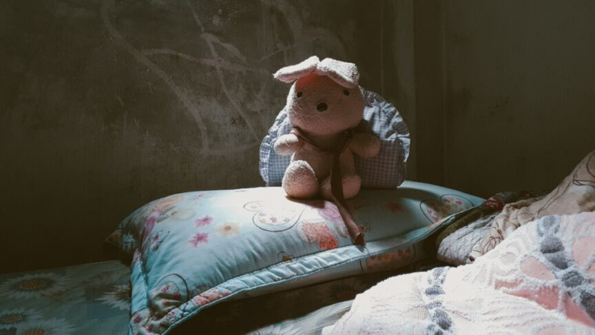 Nighttime can be scary for a young #empath Here are a few ideas for helping them with night terrors and more #parentingempaths #indigochildren